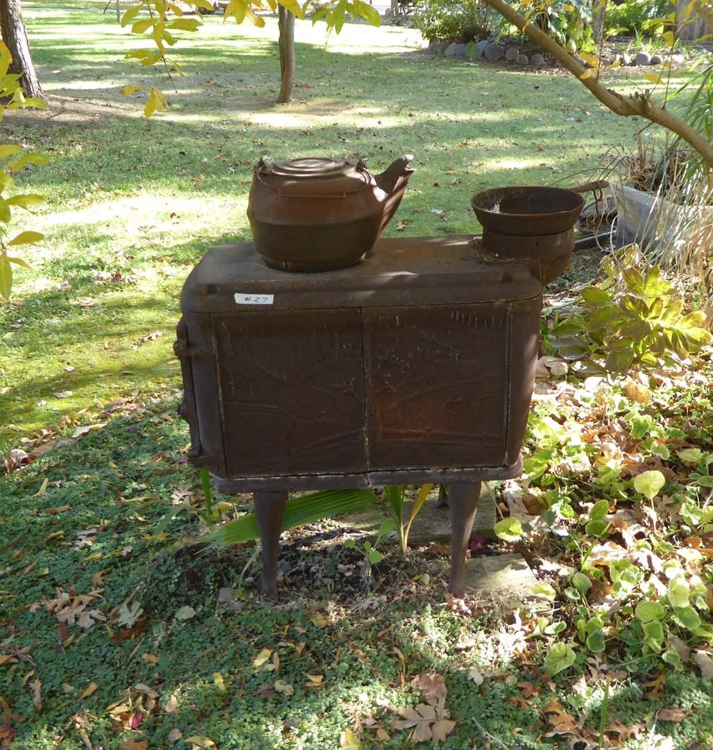 Lot # 27 - Vintage Cast Iron Stove & Cast Iron Tea Pot  (main image)