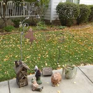 Lot # 48 - Birdhouses & Ceramic & Metal Garden Decor