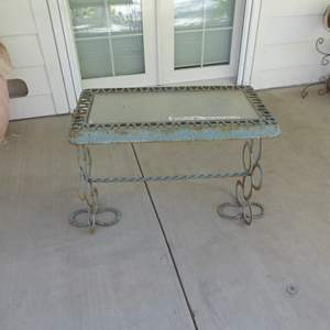 Lot # 119 - Handcrafted Cast Iron & Horseshoe Table W/Glass Top