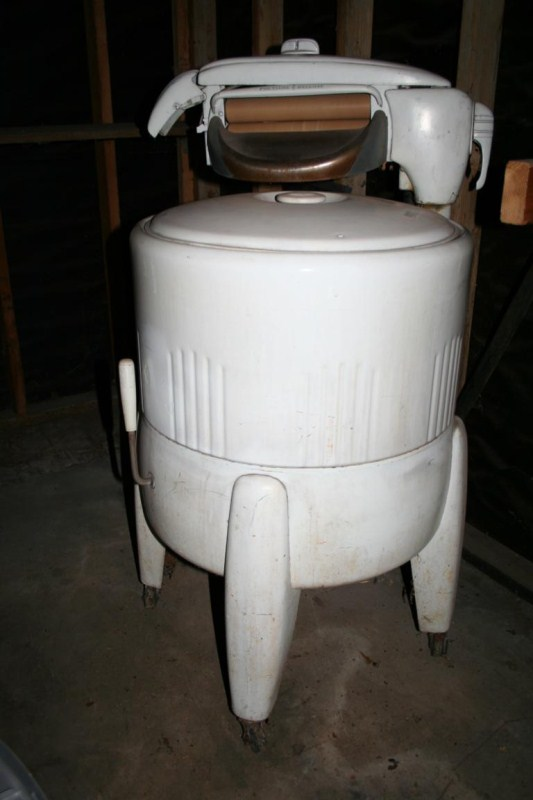 Lot #59 - Vintage Montgomery Wards Porcelain Wringer Washer (main image)