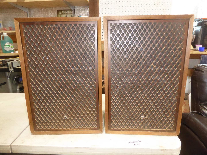 Lot # 56 - Pair Vintage Sansui SP-3200A Speakers