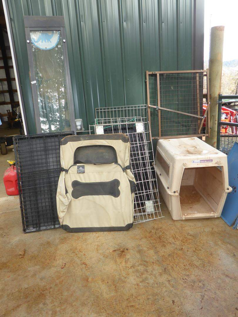 Lot # 65 - Dog Crates, Kennels & Doggy Doors