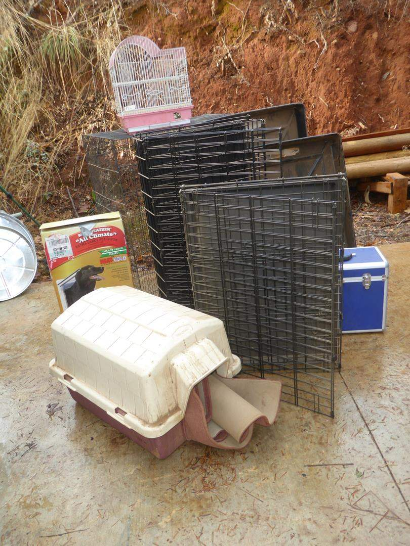 Lot # 66 - Dog House, Dog Doors, Kennels, Dog Grooming Case & Bird Cages