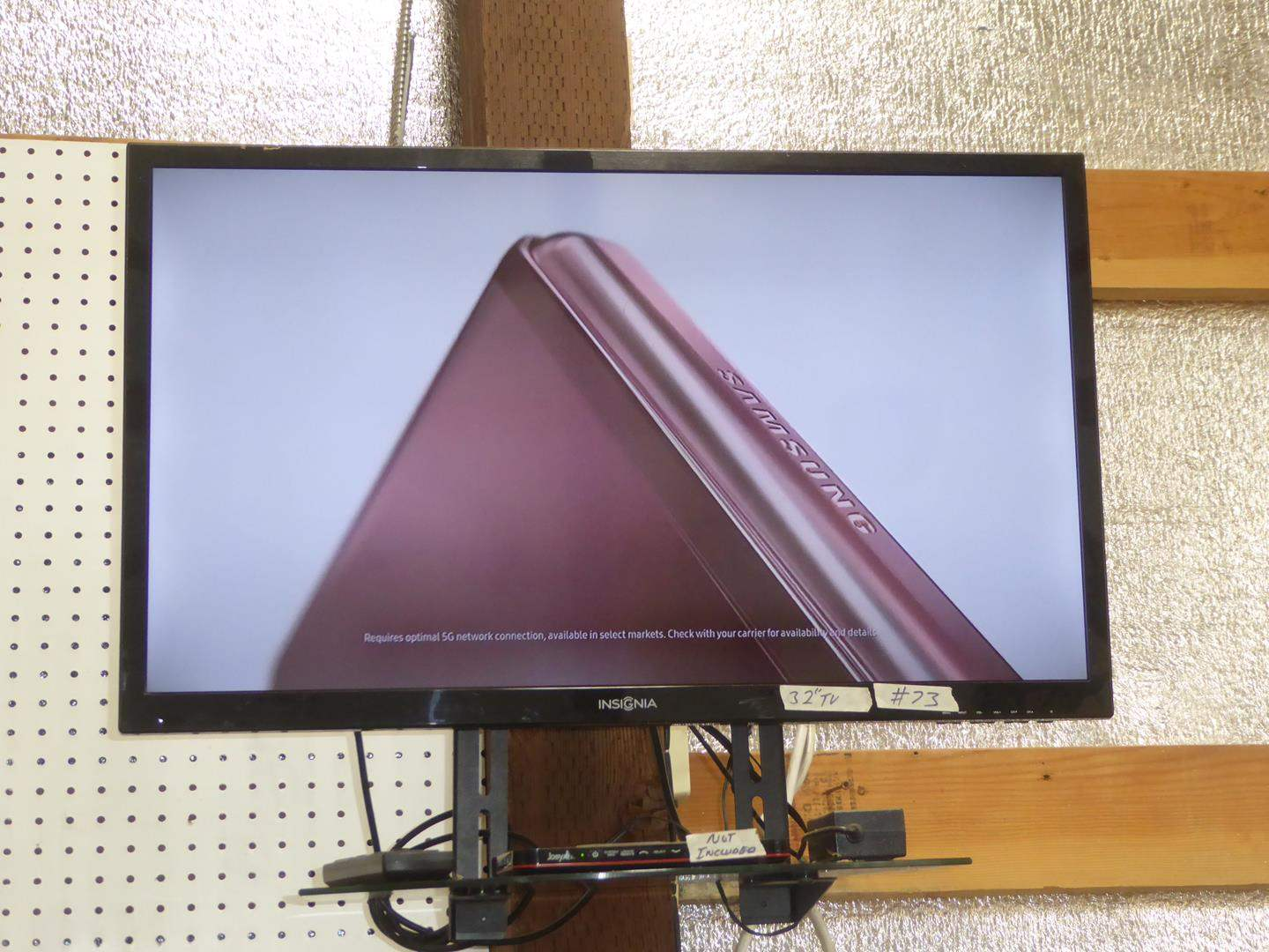 """Lot # 73 - Insignia 32"""" TV w/Remote & Wall Mount (main image)"""