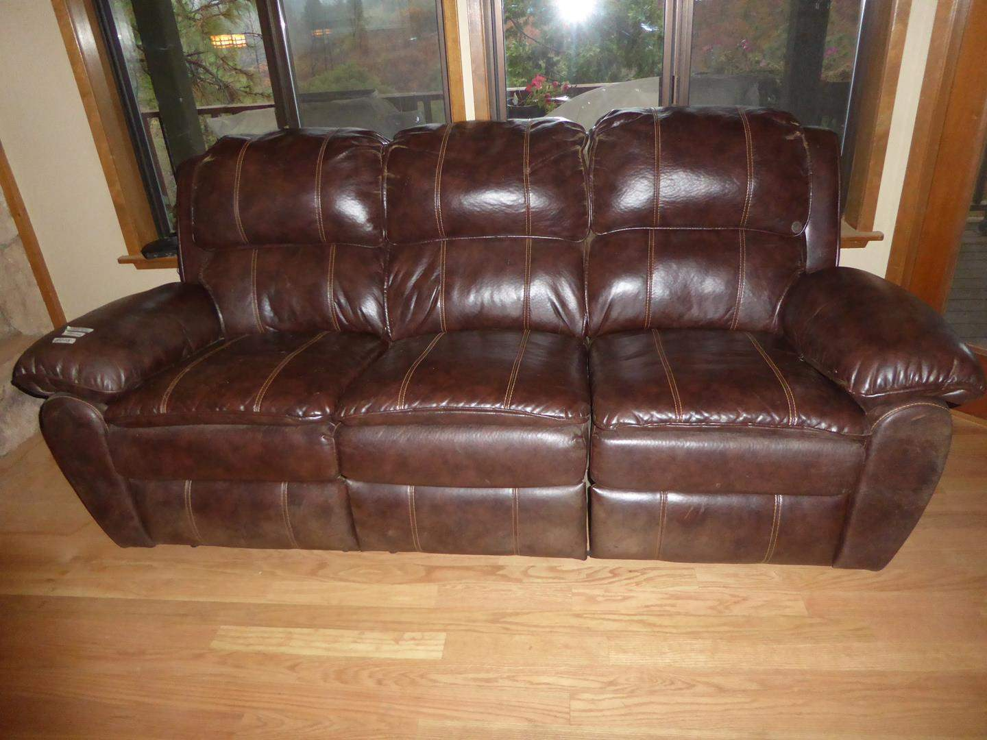 Lot # 205 - Brown Leather Double Reclining Sofa (main image)