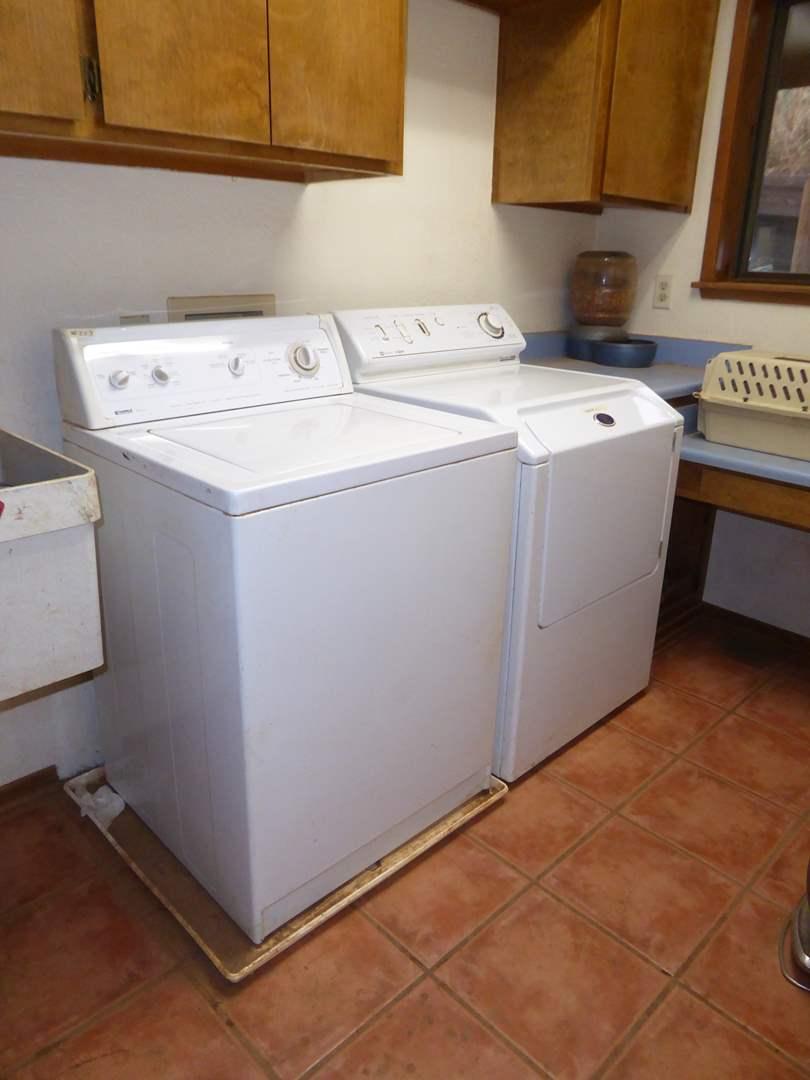 Lot # 223 - Kenmore 80 Washing Machine & Intelli Dry Electric Dryer  (main image)