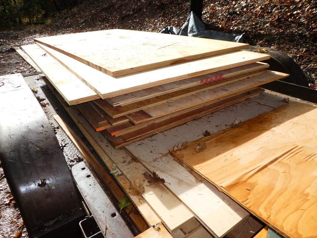 Lot # 314 - 26 pcs of Plywood