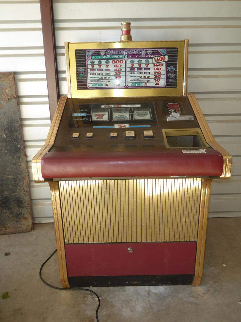 Lot # 102 - Nevada Double Diamond 5 Cent Slot Machine - Have Keys - Powers Up (main image)