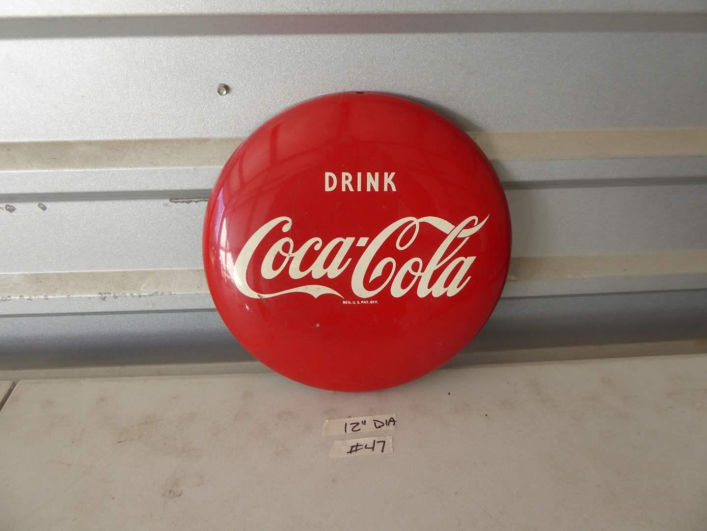Lot # 47 -  Vintage Coca-Cola Button (main image)