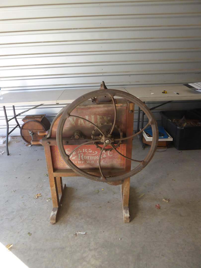Lot # 225 - Fabulous Antique 1800s Sears and Roebuck Corn Sheller Original Condition (main image)