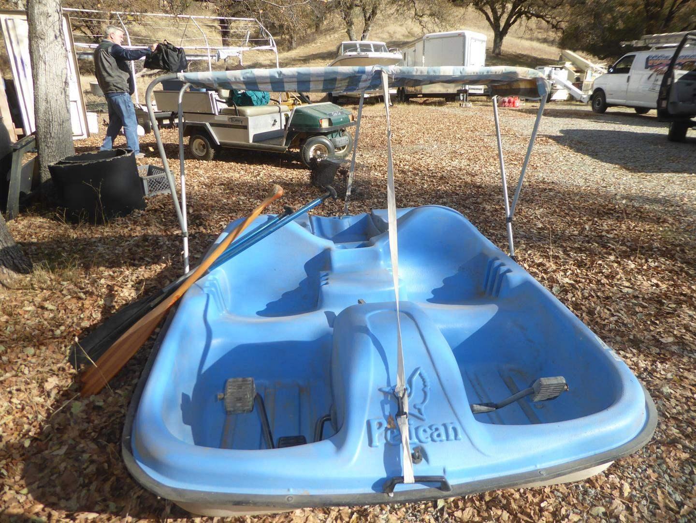 Lot # 71 - Pelican Monaco Pedal Boat & Paddles (main image)