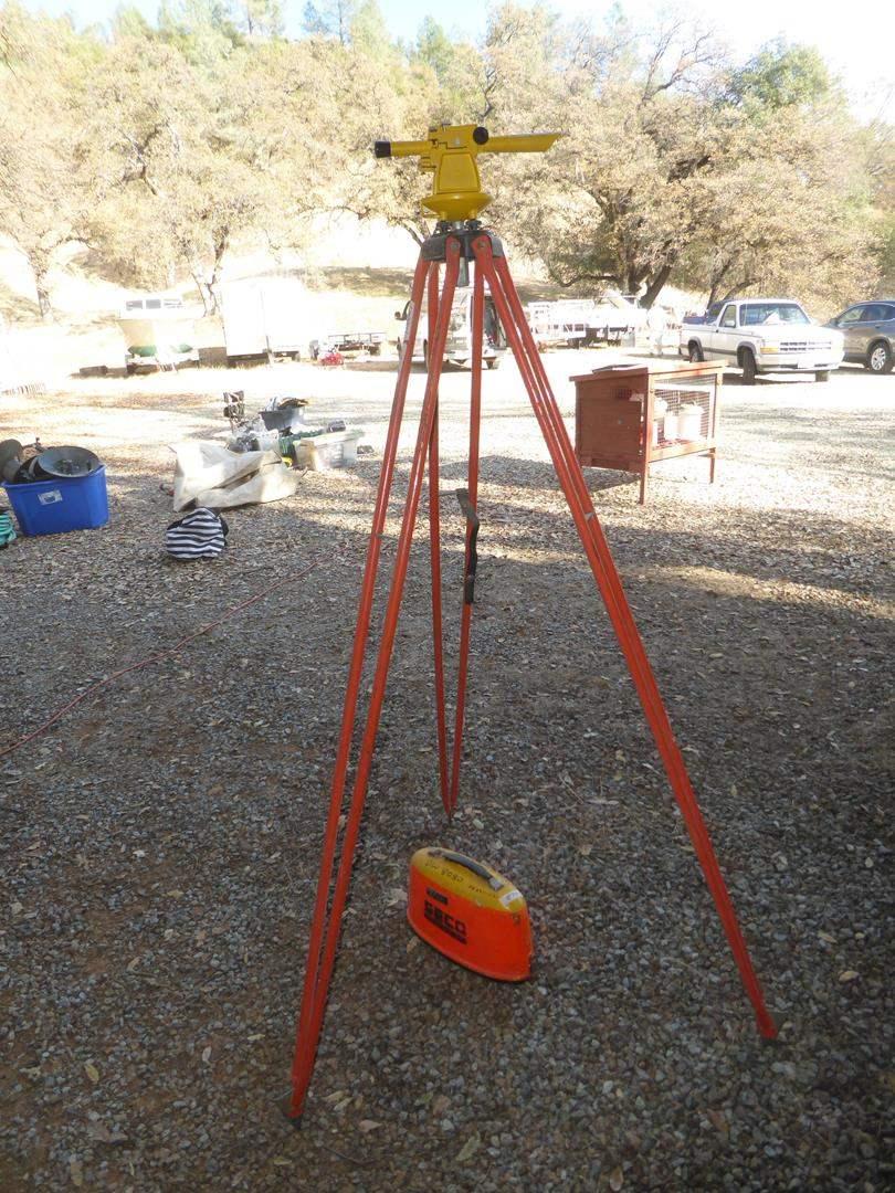 Lot # 79 - Seco Surveying Transit & Transit Stand (main image)