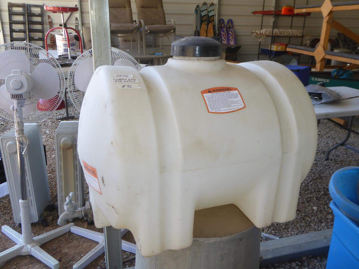Lot # 93 - 35 Gallon Tank - Currently Used For Water (main image)