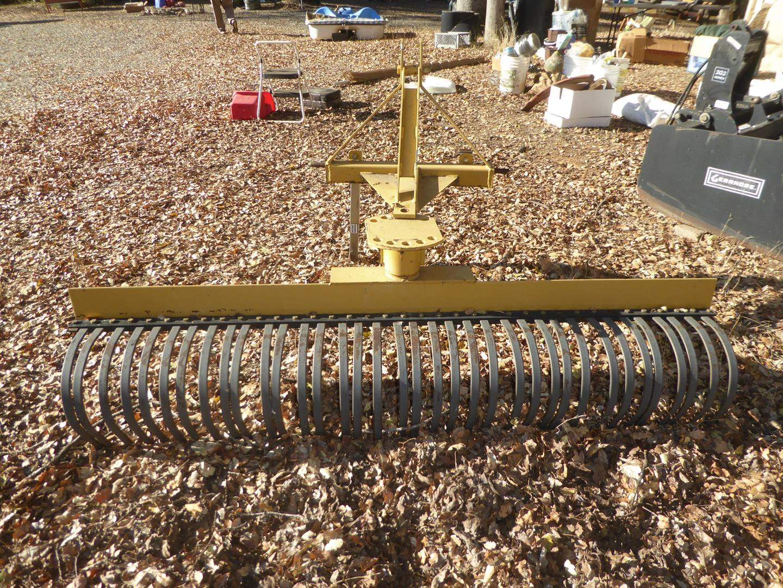 Lot # 97 - CountyLine Tractor Supply Co. 6' Yard Rake Square Tube (main image)
