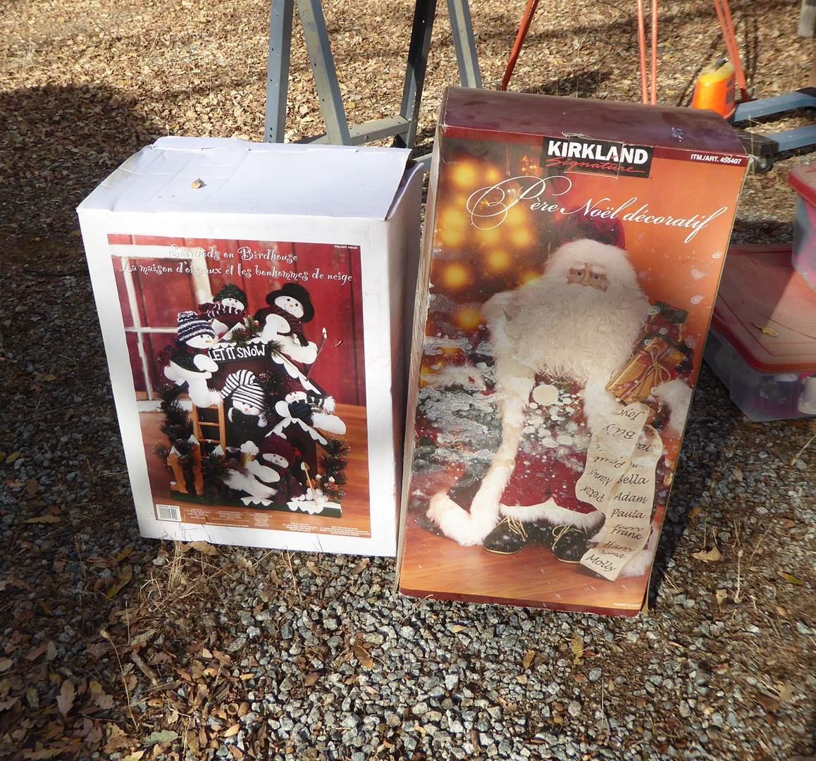 Lot # 20 - Decorative Santa & Snowkids On Birdhouse  (main image)