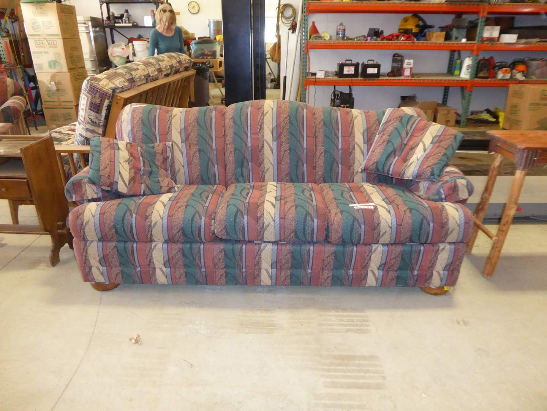 Lot # 255 -  Nice Quality 7 ' Hide-A-Bed Sleeper Sofa  (main image)