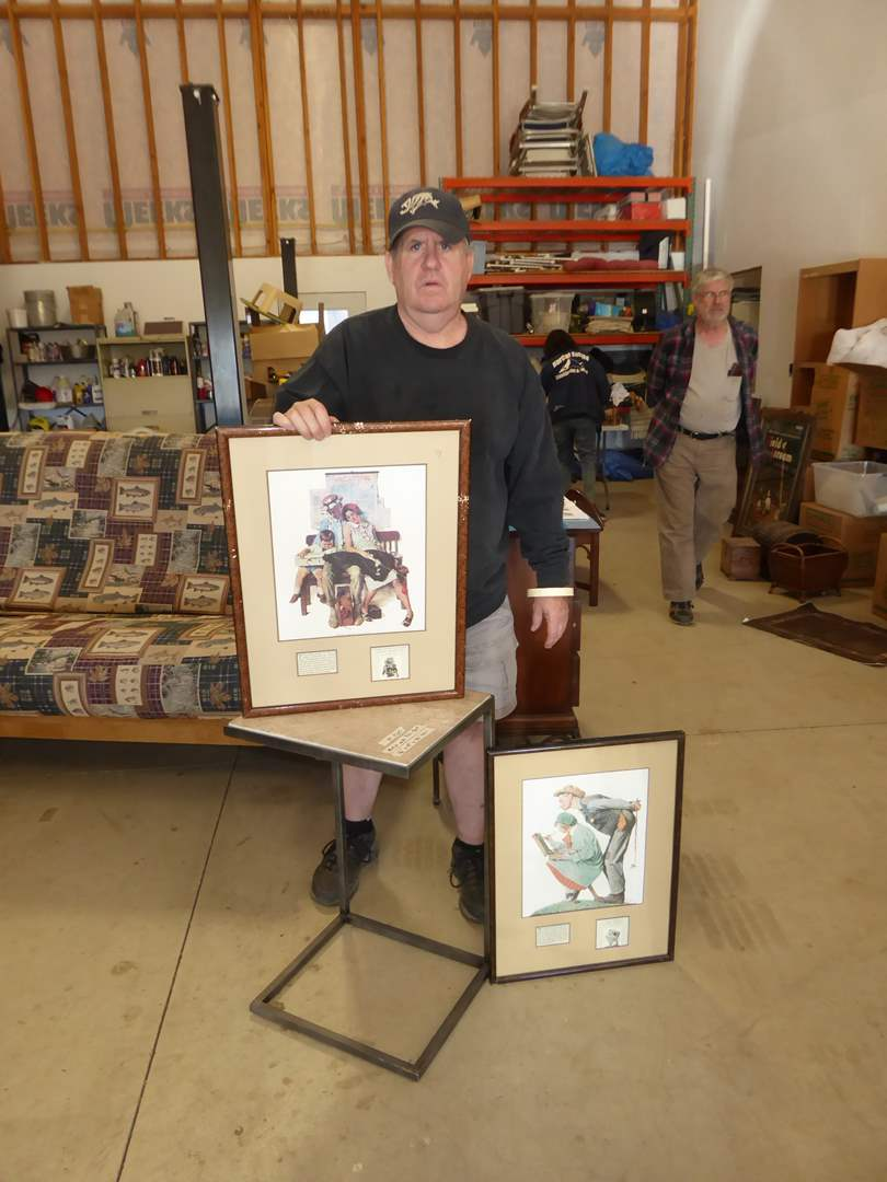 Lot # 260 - C Shaped End Table & Two Framed Norman Rockwell Prints  (main image)