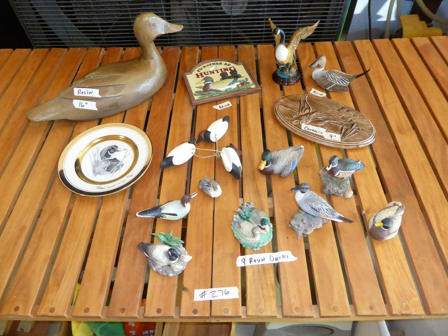 Lot # 276 - Resin Ducks, Ceramic Plaque & Decorative Plate  (main image)