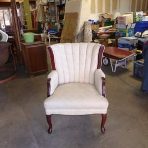 Auction Thumbnail for:  Lot # 6 - Vintage Fan Back Chair