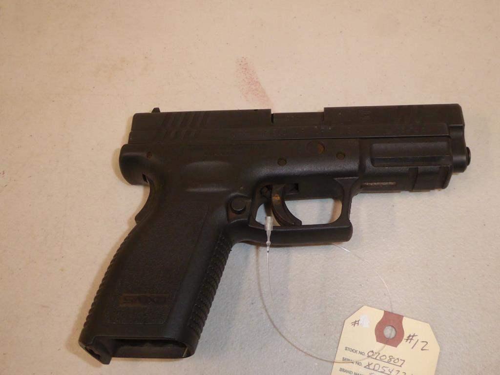 Lot #12 - Springfield Semi Auto Handgun, Model XD40, 40 Cal. S/N XD547212 (main image)