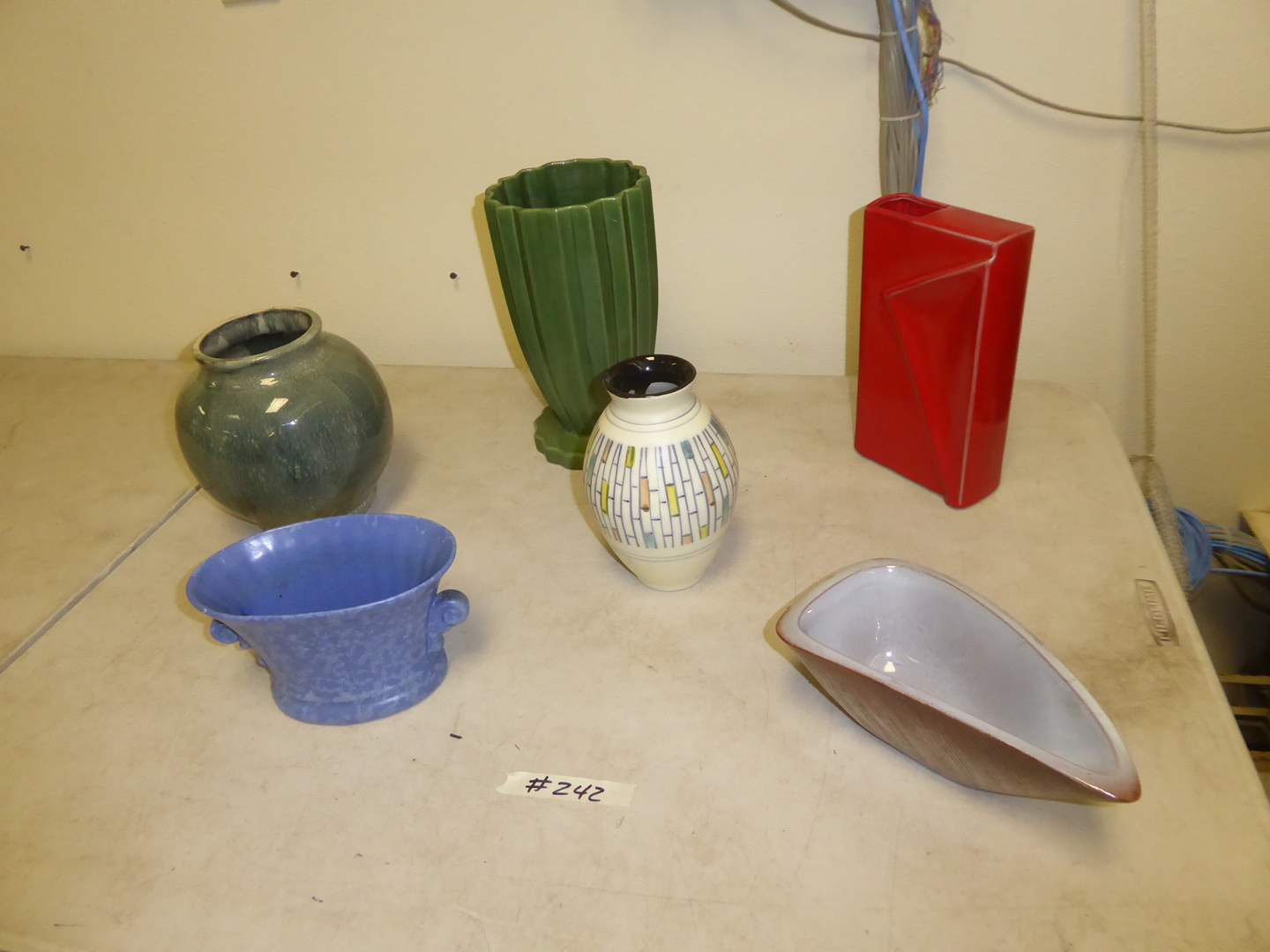 Lot # 242 - Pottery Vases & Bowls (Toyo, Haeger & Others)  (main image)