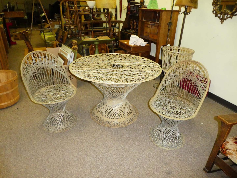 Lot # 115 - Mid Century Russell Woodard Spun Fiberglass Table, 2 Chairs & Plant Stand (main image)