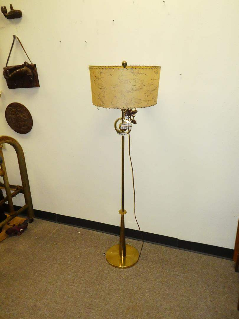 Lot # 122 - Vintage Mid-Century Floor Lamp - Working (main image)