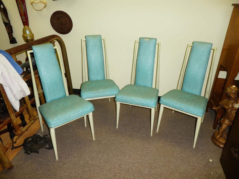Lot # 129 - 4 Mid-Century Modern Dinning Chairs   (main image)