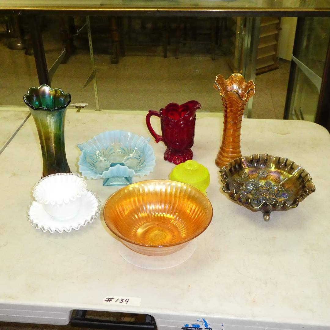 Lot # 134 - Vintage Glass - Carnival Glass & Fenton  (main image)