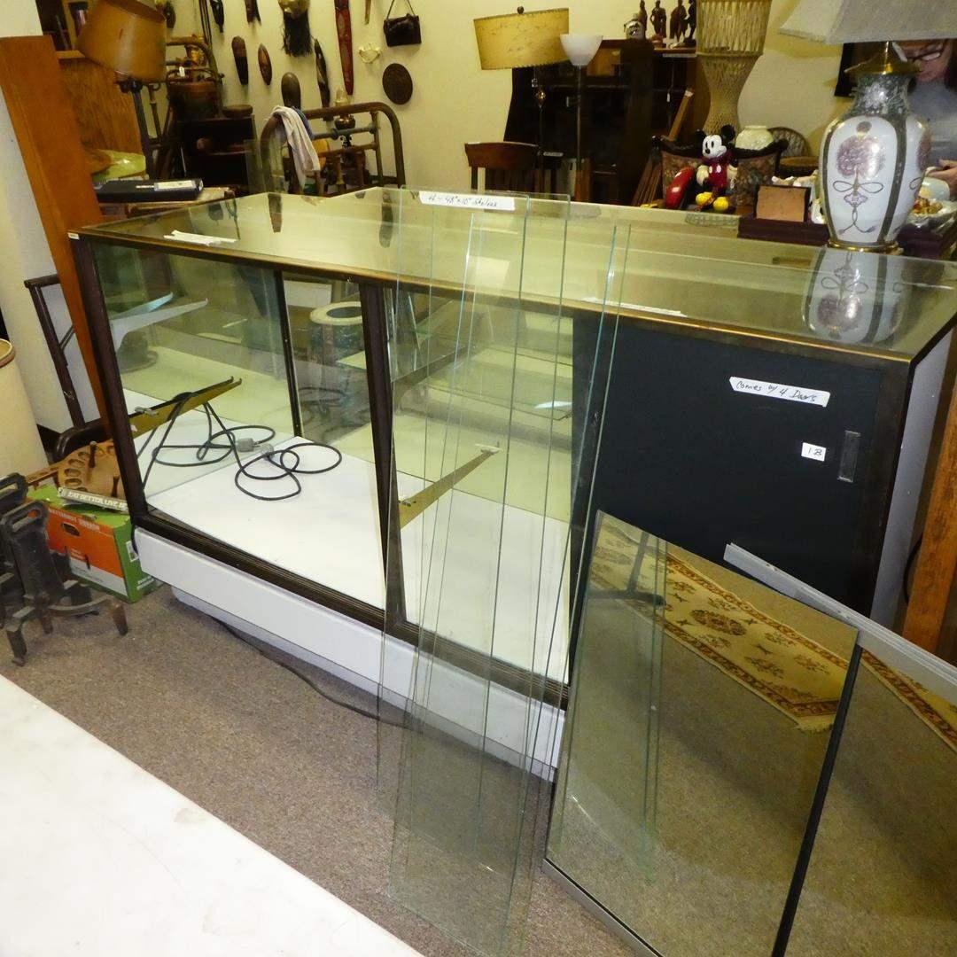 Lot # 137 - Store Display Cabinet  (main image)