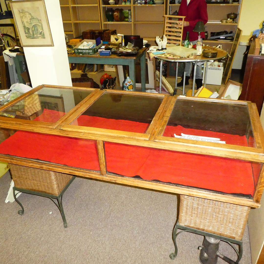 Lot # 146 - Nice Antique/Vintage Table Top Display Cabinet - From Tobacco Store (main image)