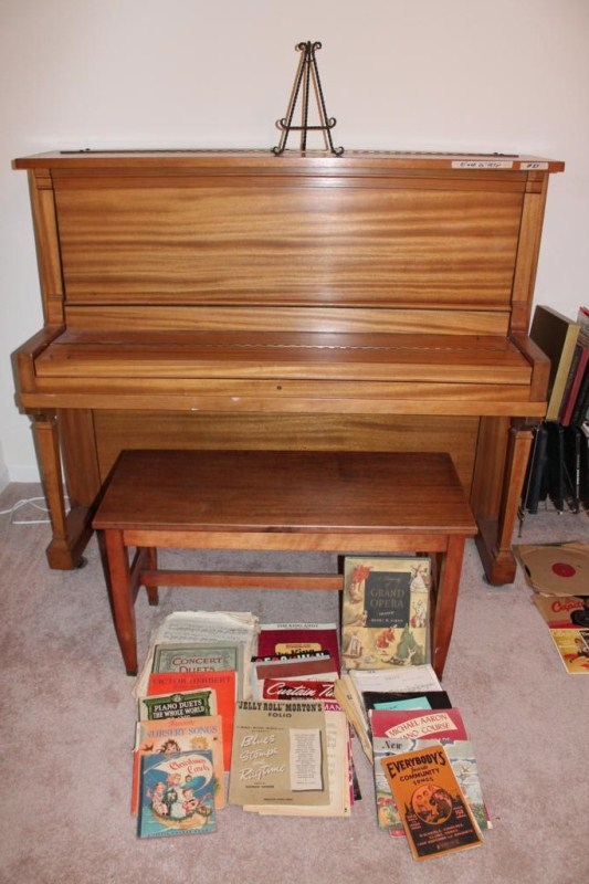Lot #24 ~ Milton Upright Piano with Lesson Books & Sheet Music (main image)