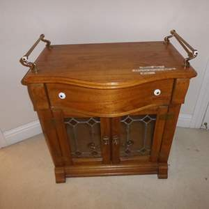 Auction Thumbnail for:  Lot # 141 - Pulaski Keepsakes Furniture Wash Stand w/Leaded Glass & Dovetailed Drawer