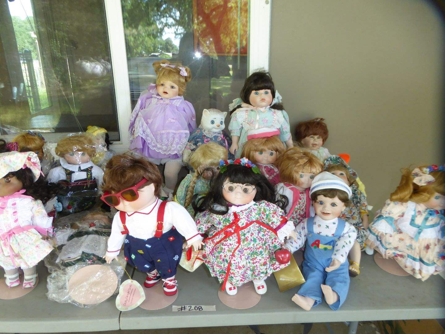 Lot # 208 - Doll Collection (Dolly Dingle & Georgetown)  (main image)