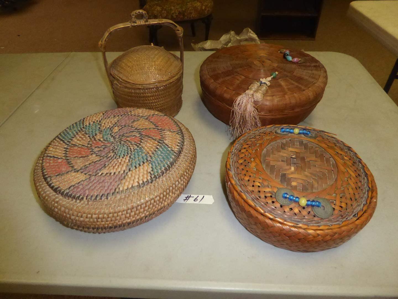 Lot # 61 - Vintage Lidded Sewing & Storage Baskets (main image)