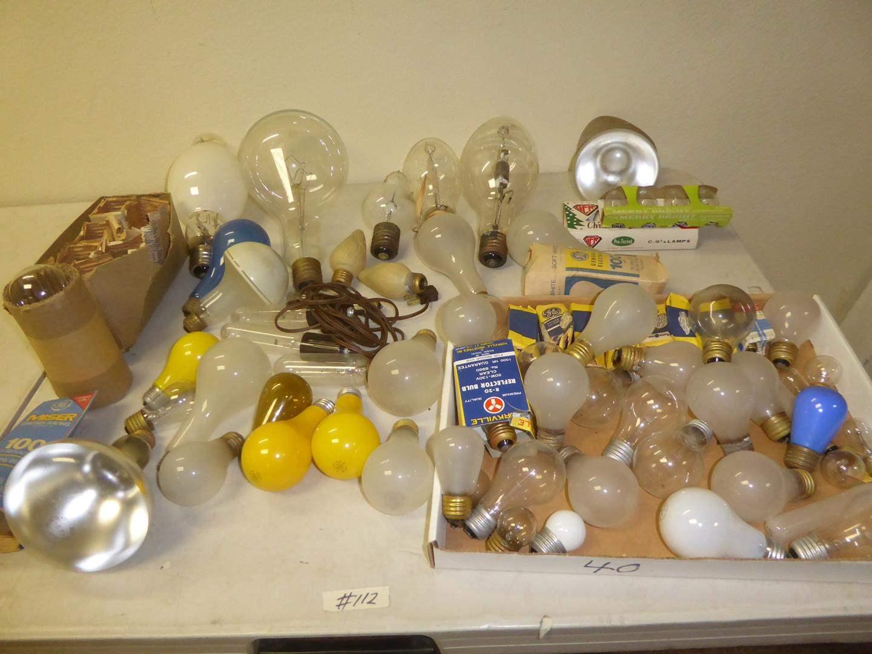 Lot # 112 - Vintage Light Bulbs Collection  (main image)