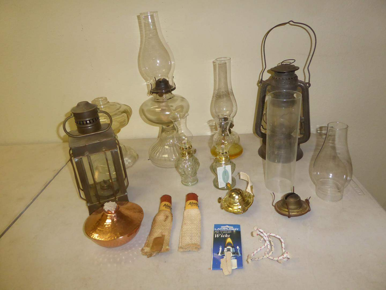 Lot # 136 - Vintage Oil Lamps & Parts (main image)