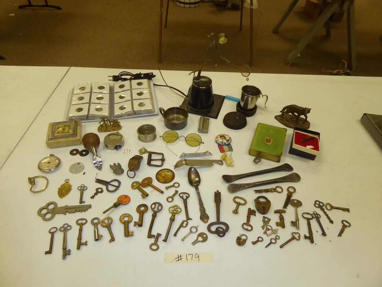 Lot # 179 - Vintage Keys, Tokens & Collectibles  (main image)