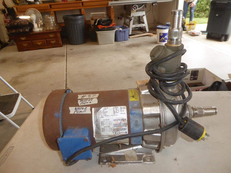 Lot # 87 - Water Pump - Motor Runs (main image)