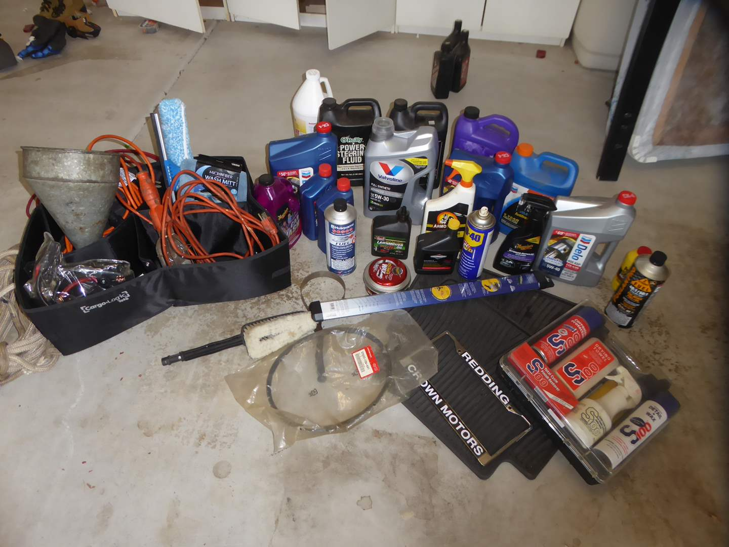 Lot # 18 - Automotive Lot - Cleaning Products, Oil, Mats & More  (main image)