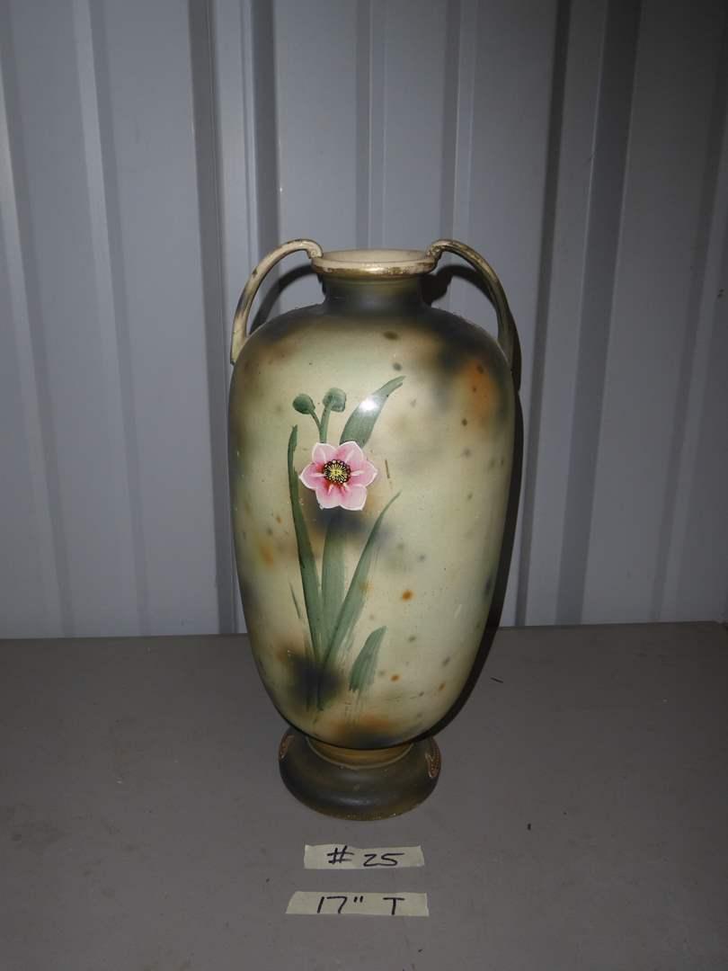 Lot # 25 - Vintage Hand-painted Moriage Vase (main image)