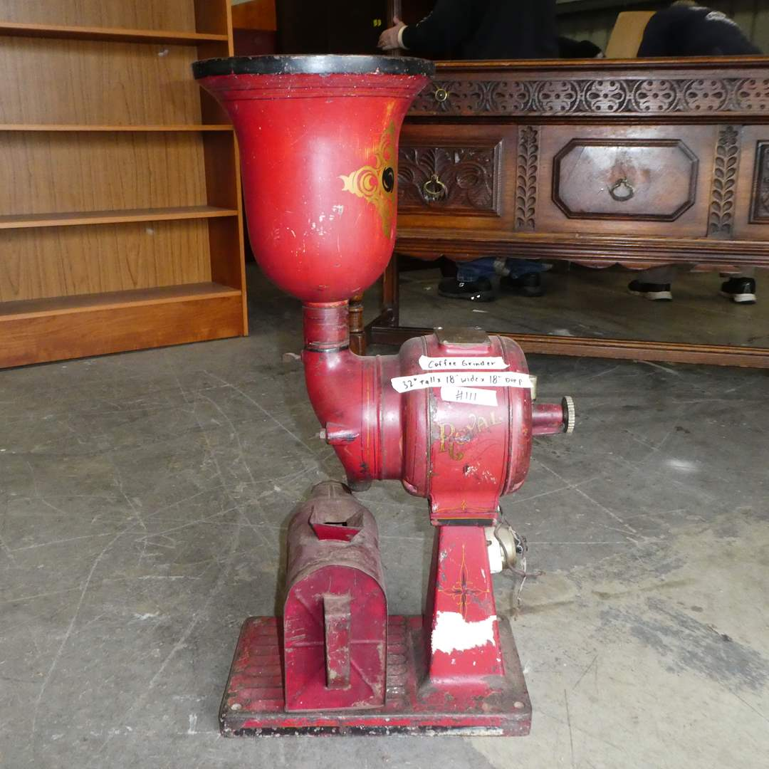Lot # 111 - Large Vintage Cast Iron A.J. Deer Royal Electric Coffee Grinder( Needs to be rewired) (main image)