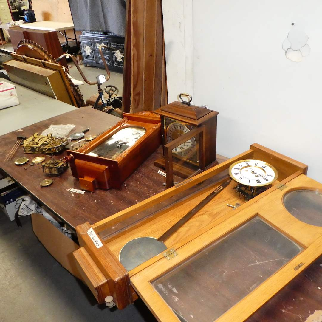 Lot # 181 - Misc Clocks and Parts (For Restoration) (main image)