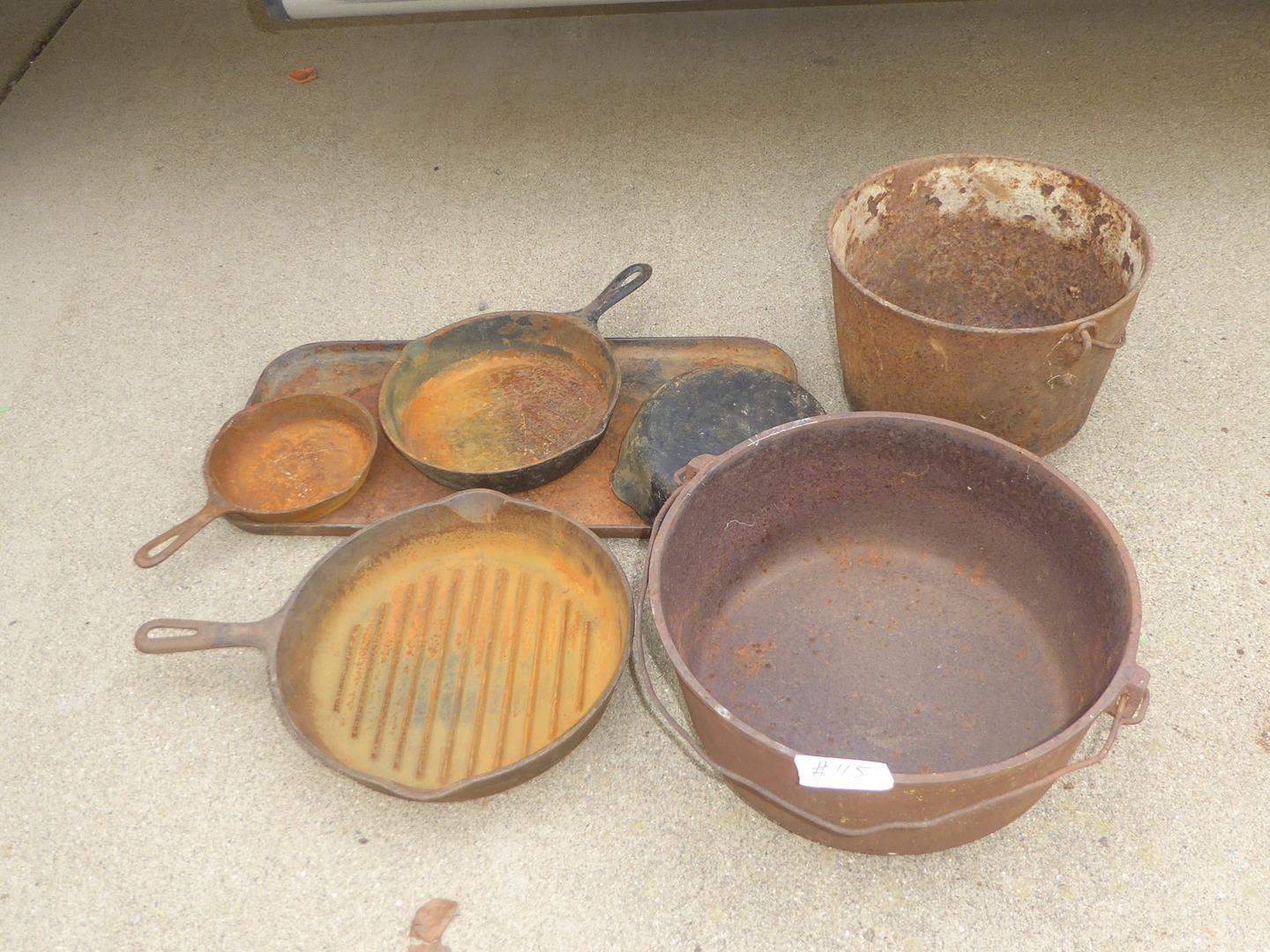Lot # 115 - Vintage Cast Iron Pots, Pans & Griddle Including Griswold & Wagner (main image)