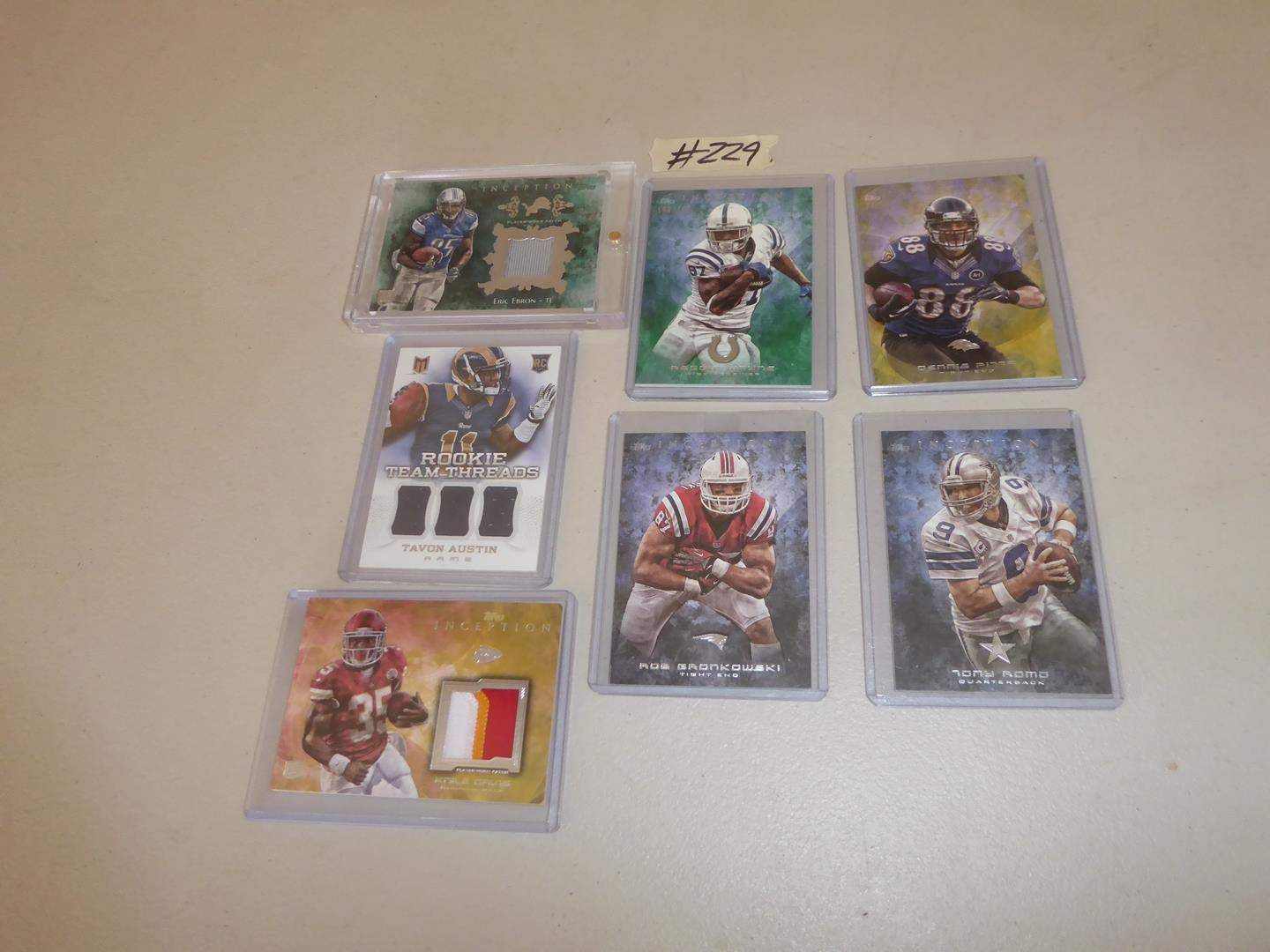 Lot # 229 - Topps 2013 NFL Football Cards including Relic & Rookie (main image)