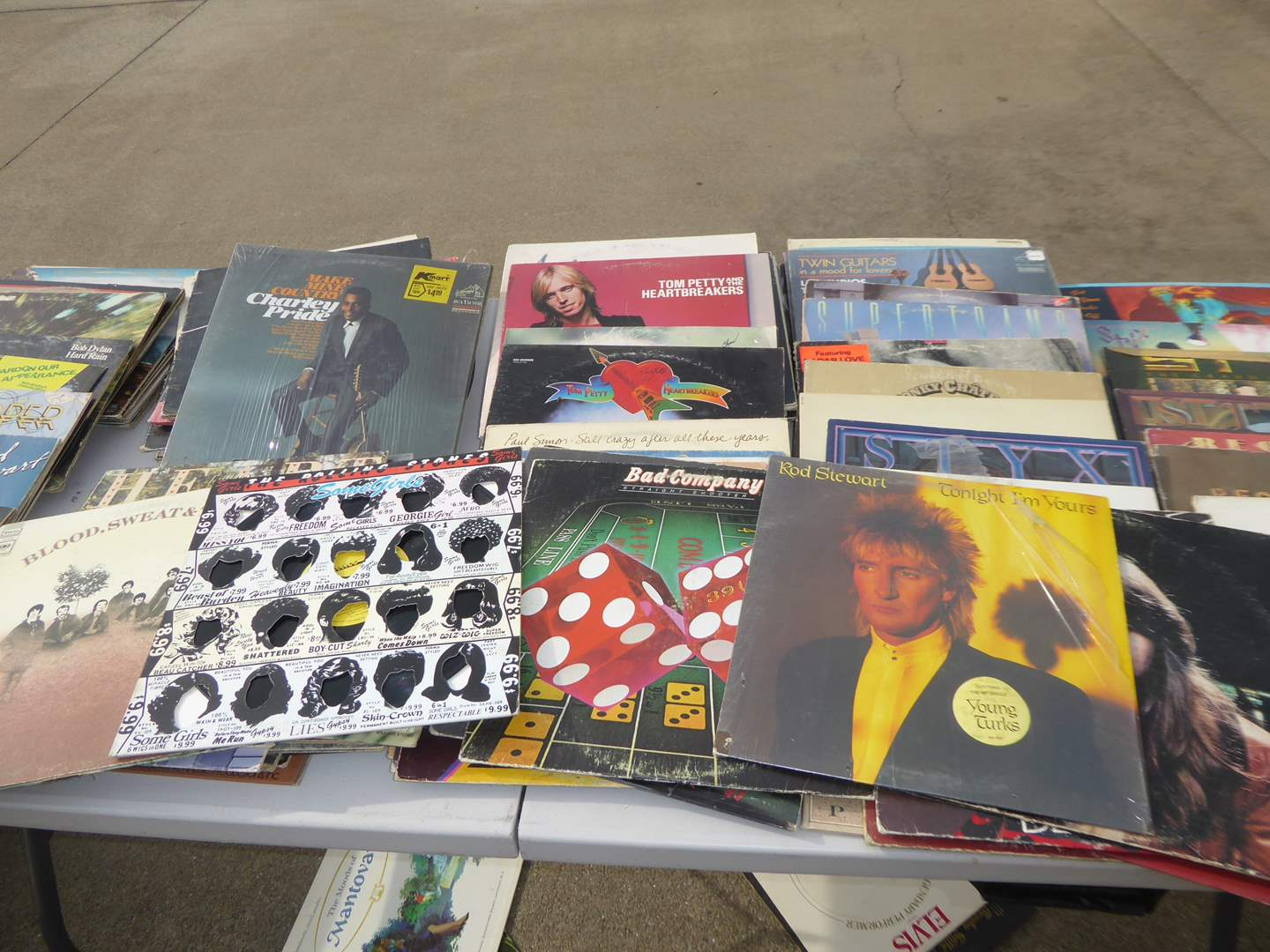 Lot # 4 - Lot Of 100 Records (Mostly Rock)  (main image)