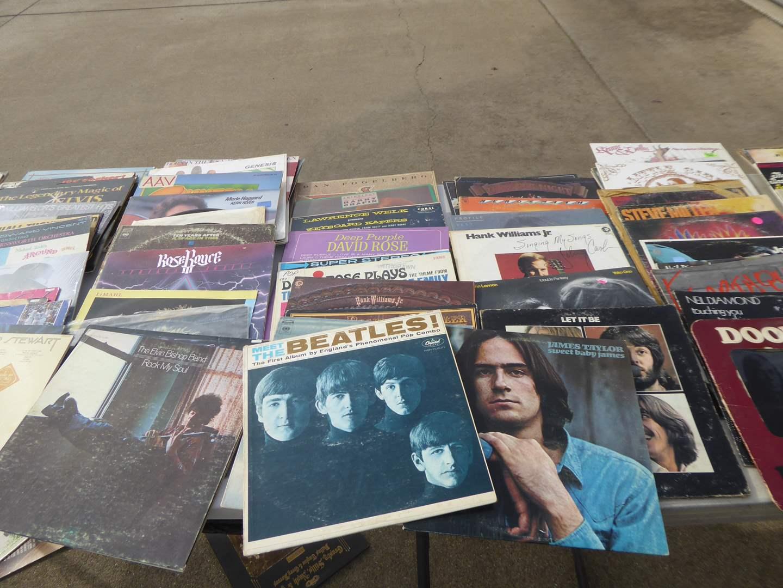 Lot # 7 - 100 Records (Rock, Country, Folk)  (main image)