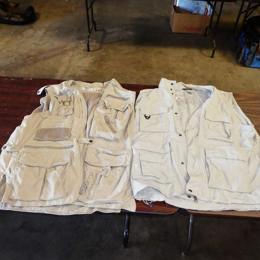 Lot # 4 - Columbia and Banana Republic Fishing/Hunting Vest (Mens Size L and XL) (main image)