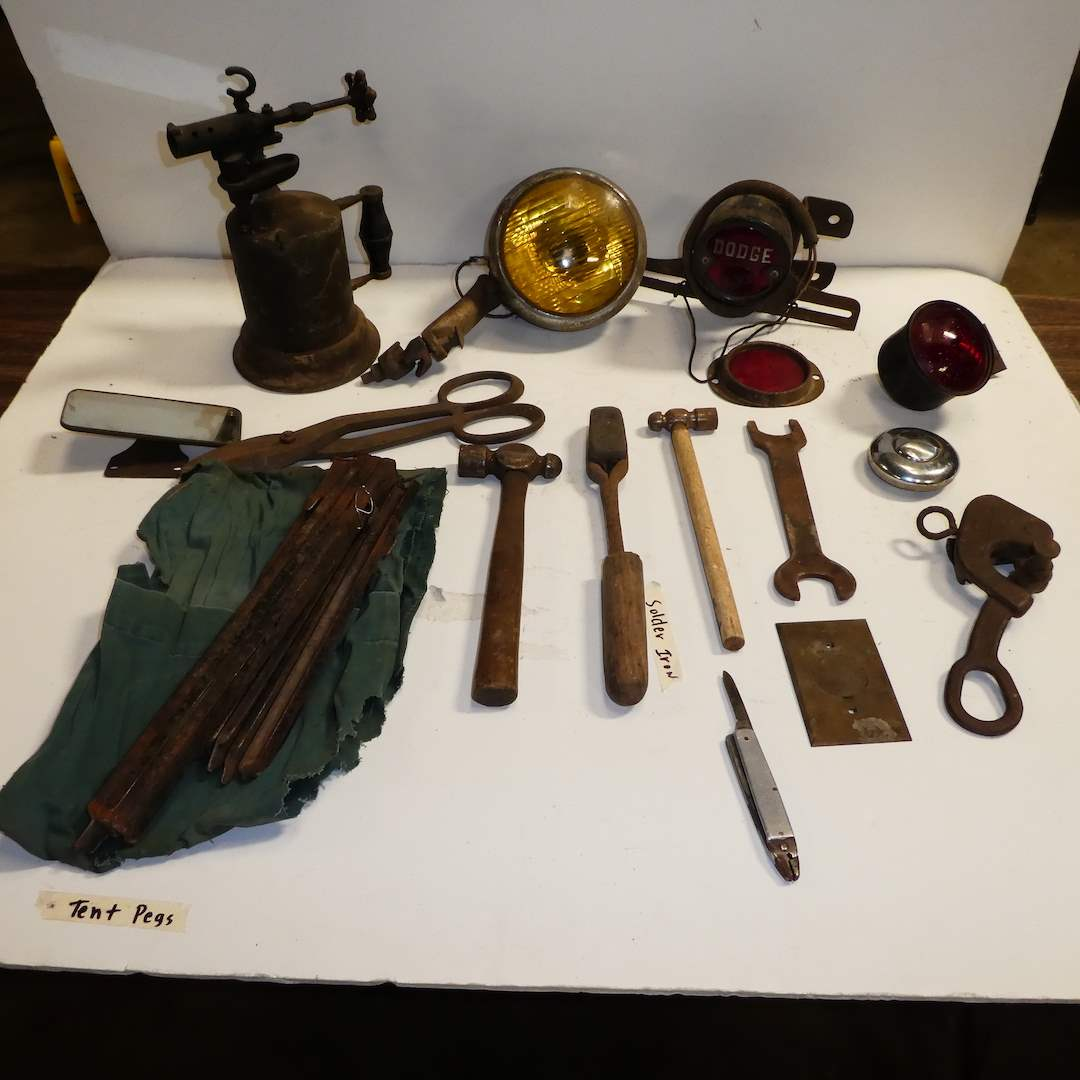 Lot # 278 - Antique Tool & Auto Lights (main image)