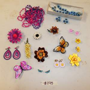 Auction Thumbnail for: Lot # 295 - Vintage Retro Brooches, Earrings and Necklaces